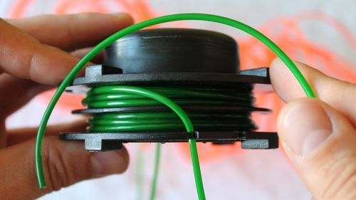 How to Refuel a Lawn Mower Fishing Line