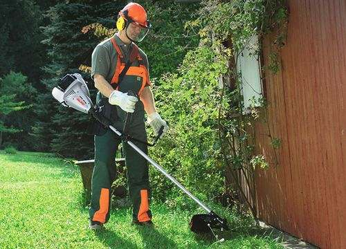 How to Charge a Court into a Trimmer