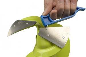 Which Knives Are Better For A Benzotrimmer
