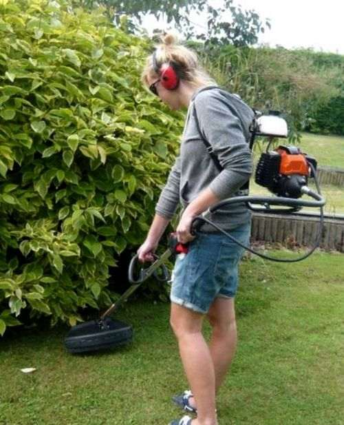 how to refuel a lawn mower