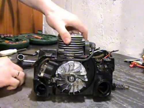 Tuning The Carburetor Of The Partner Chainsaw